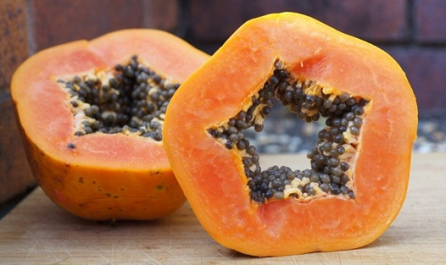 Papaya seeds for abortion